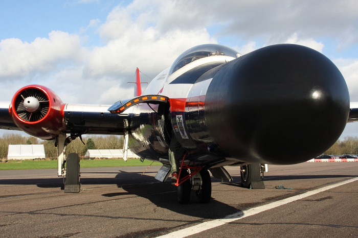 English Electric Canberra B(I)8/B.6 Mod WT333 Anniversary