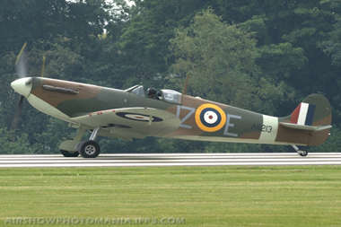Supermarine Spitfire Mk Ia G-AIST AR213 at Cosford Air Show 2008