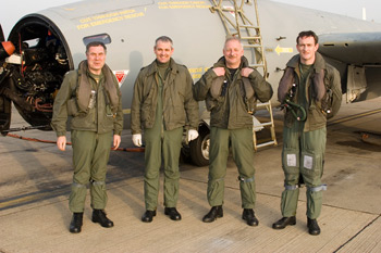 Canberra PR9 crews at the 39 Squadron air-to-air photo shoot