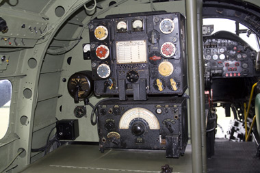 Avro Lancaster T1154 Transmitter and R1155 Receiver