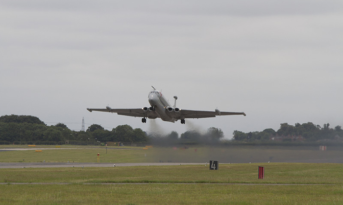 Nimrod R1 XV249 takes off from RAF Waddington on its final flight to Cotswold Airport (Kemble)