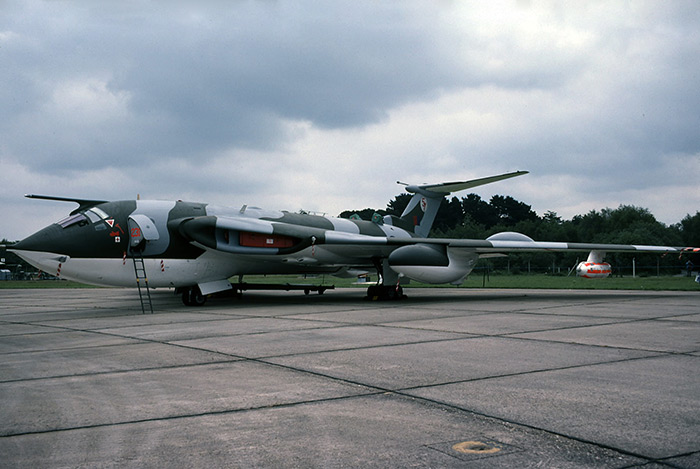Victor K2 XH167 57 Squadron Greenham Common, June 1979