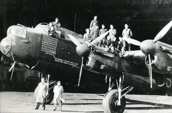 Avro Lancaster B.Mk.1 R5868/7325M PO-S - No Enemy Plane Will Fly Over The Reich Territory