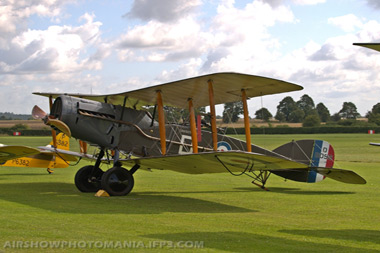 Bristol F.2B Fighter G-AEPH/D8096/D at Old Warden Air Show 2009